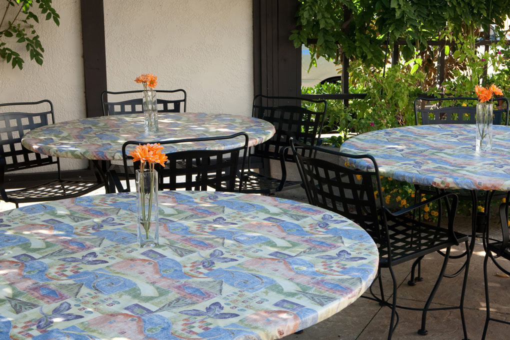 Outdoor Tablecloths Are Offered In Vinyl As Well As Cloth