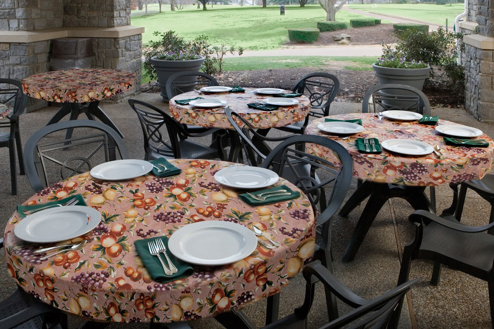Outdoor Tablecloths Are Offered In